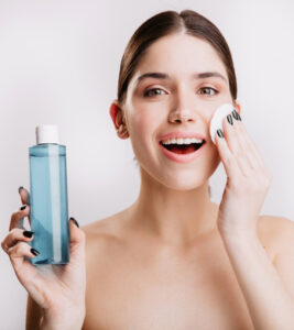 When and How to Use Skin Toner